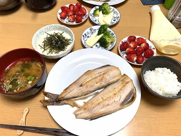dinner-yuppie_7415a.jpg