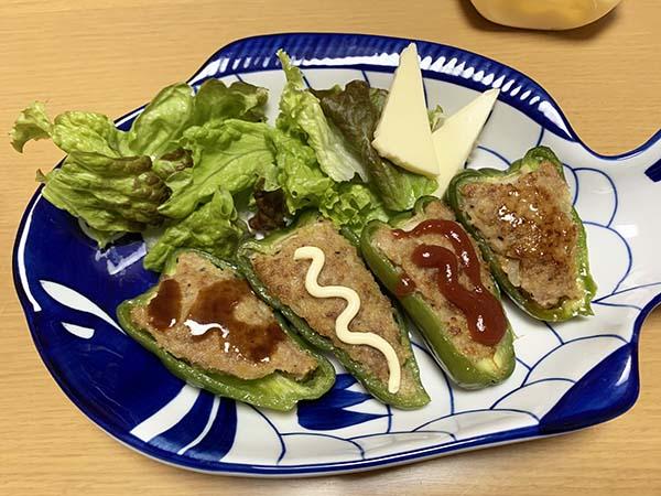 dinner_9227b.jpg