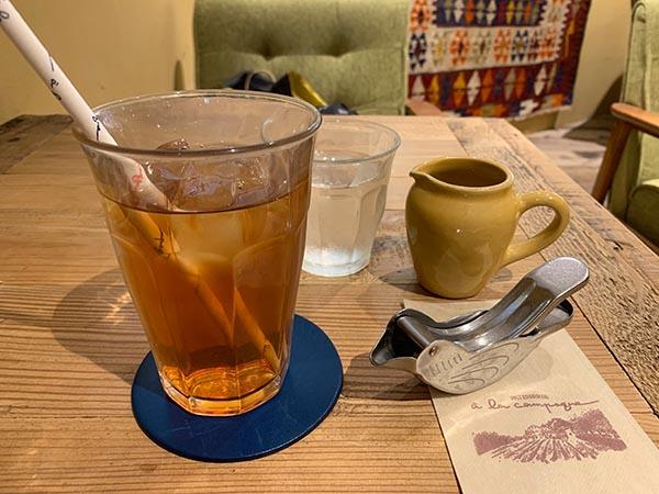 tea-time_8065a.jpg
